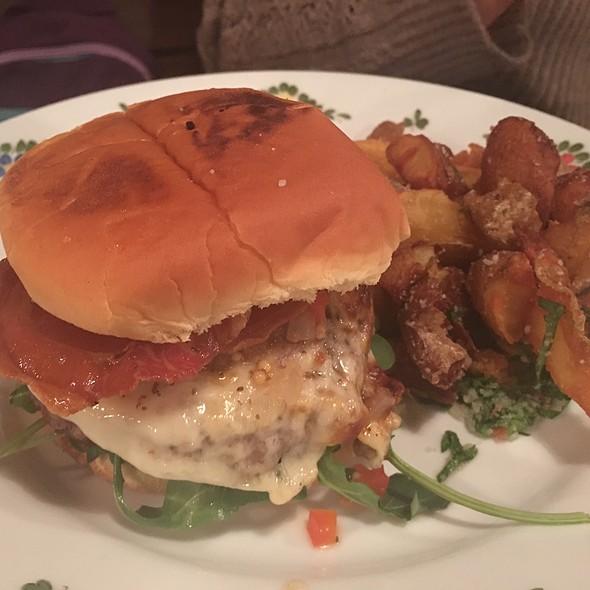 White Label Burger @ Osteria Morini