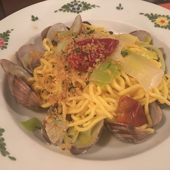 Spaghetti with Clam Sauce - Osteria Morini - New York, New York, NY