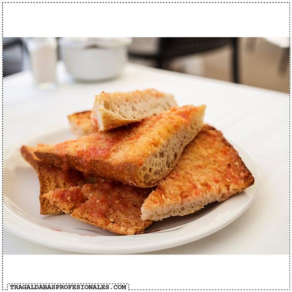 Tomato Toast