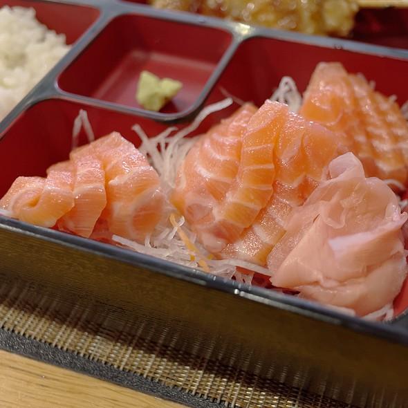 Salmon Sashimi @ Mikado