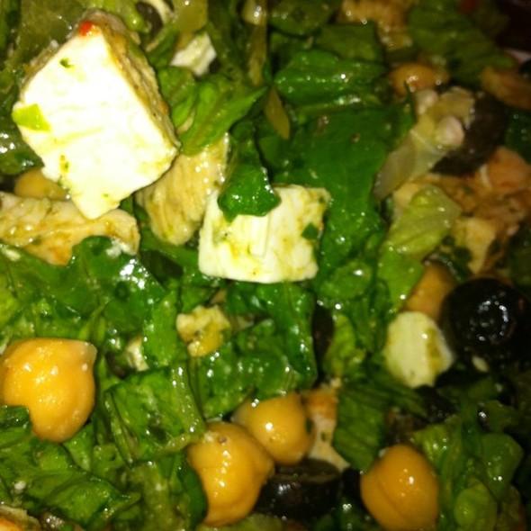 Romaine, olive, feta, artichoke, chick pea & pesto chicken.  #fb #lunch @ Liati's Gourmet Cafe
