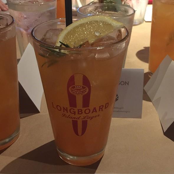 Big Wave Golden Ale Cocktail @ Tiki's Grill & Bar