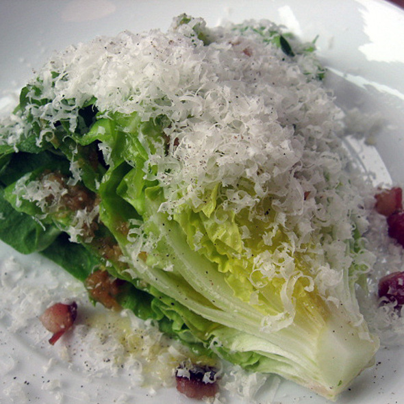 Boston Salad, bacon, chili pepper, garlic and parmesan @ Restaurant Toqué