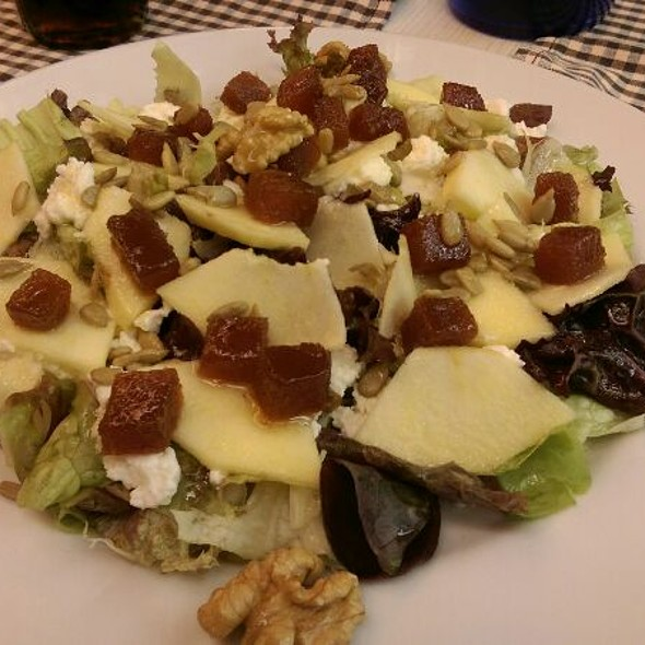 Ensalada golden @ Restaurant 3009