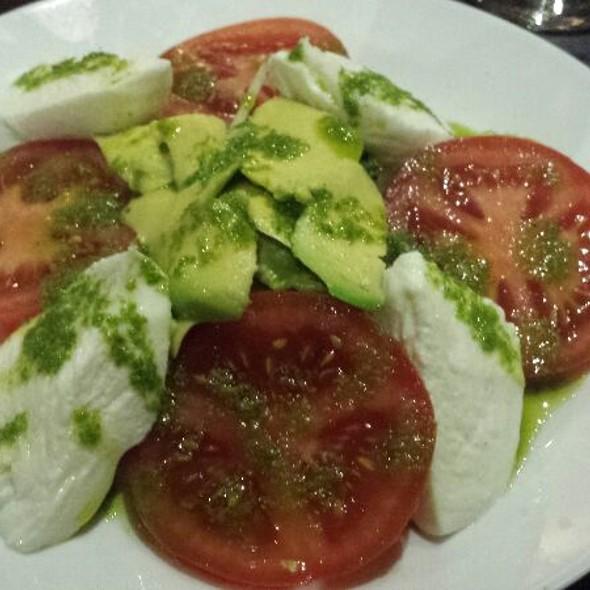 Tricolore Salad Starter