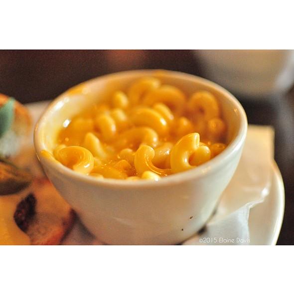Macaroni and Cheese @ Nick & Jake's