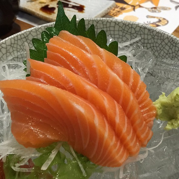 Salmon Sashimi @ Kabocha Sushi @ The Nine