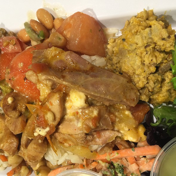Salads, Sides, Chicken And Pita