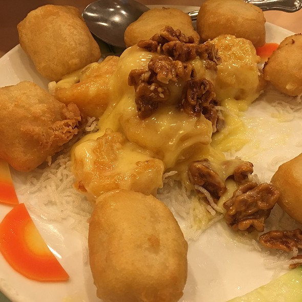 Fried Shrimp With Mayonnaise Sauce @ East Harbor Seafood Palace