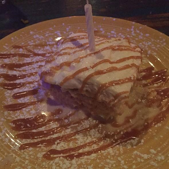 Tres Leche Cake - Eclipse di Luna - Buckhead, Atlanta, GA