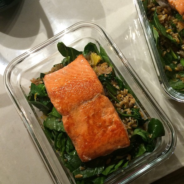 Farro Salad With Salmon