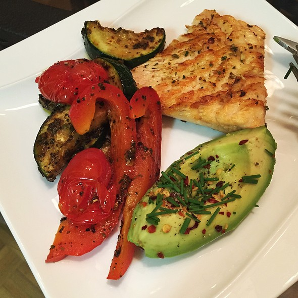 Grilled Salmon, Red Peppers, Zucchini, And Avocado
