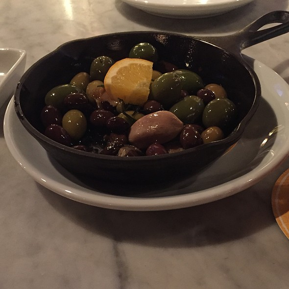 Olives @ Pizza Domenica