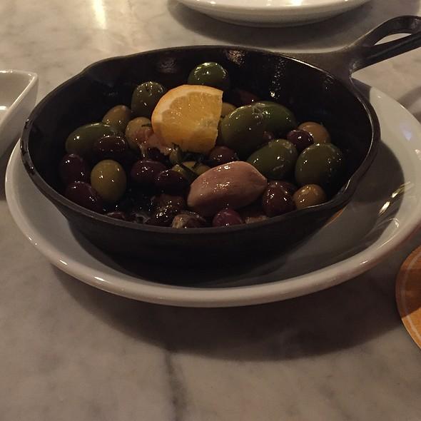 Olives @ Pizza Domenica