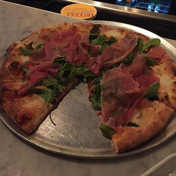 Prosciutto Pizza @ Pizza Domenica