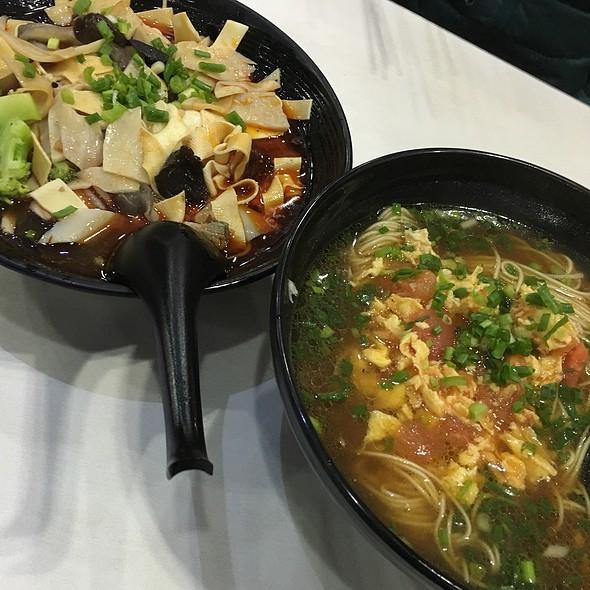 Noodles! @ Ajisen Ramen
