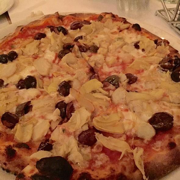 Pizza Romana - Sor Tino, Los Angeles, CA