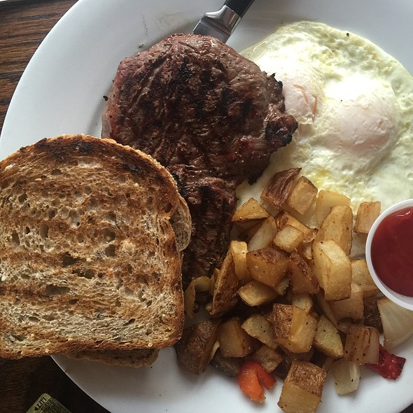 Steak and Eggs @ Balans Restaurant