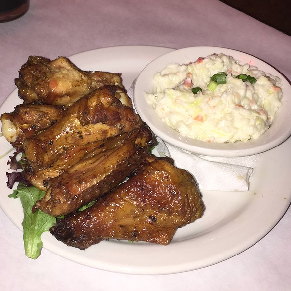 Smoked Chicken Wings And Cole Slaw