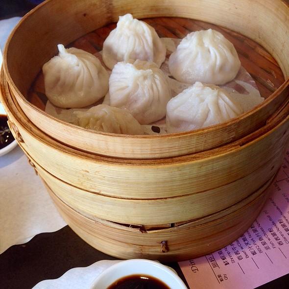 Shanghi Dumplings @ Dim Sum Club