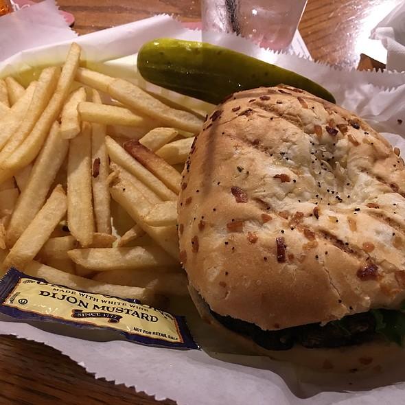 Portobello Sandwich @ Esquire Lounge