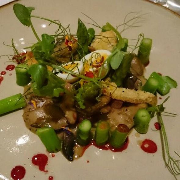 Asparagus, Mushroom Ragout, Soft Quail Egg