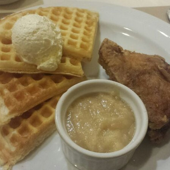 Waffle and chicken