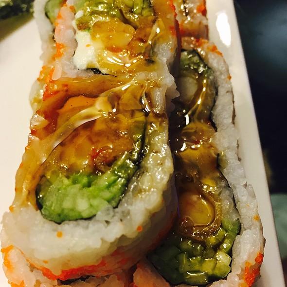 Shrimp Tempura Roll With Eel Sauce