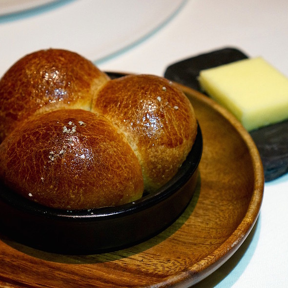 Pain au lait, cow's milk butter from Normandy @ Sixteen