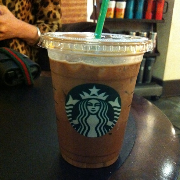 Iced Latte @ starbucks  星巴克
