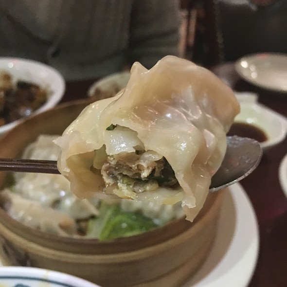 Steamed Dumplings @ Hyo Dong Gak