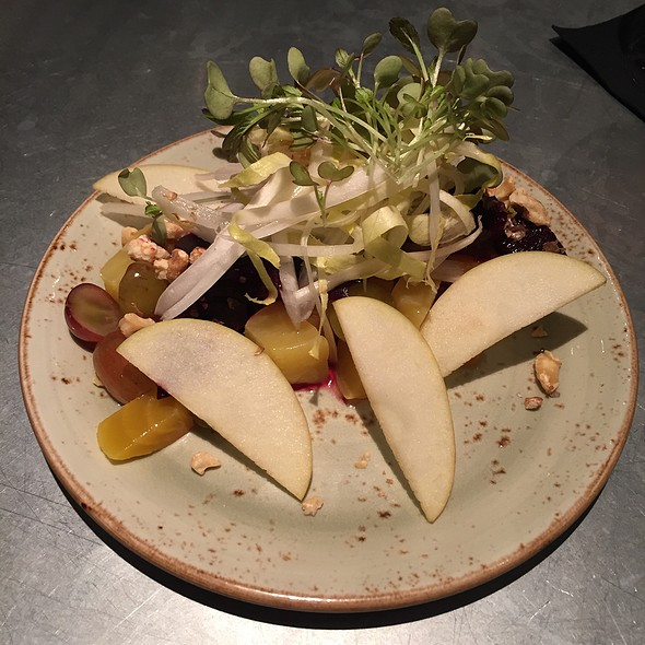 Beets With Apples And Endive
