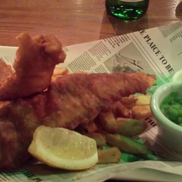 Cod Chips & Mushy Peas
