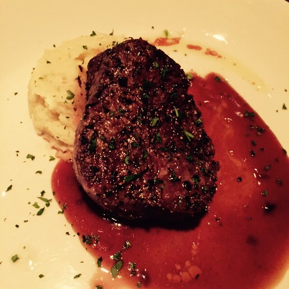 Filet Minon - Sullivan's Steakhouse - Chicago, Chicago, IL