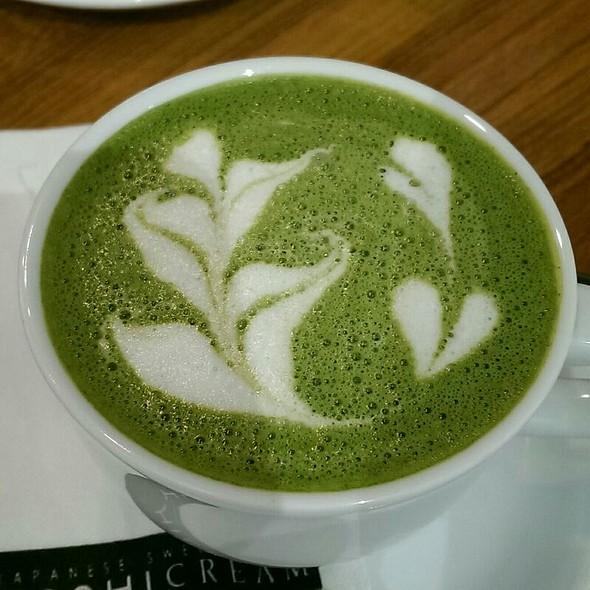 Matcha Latte @ Mochicream Cafe