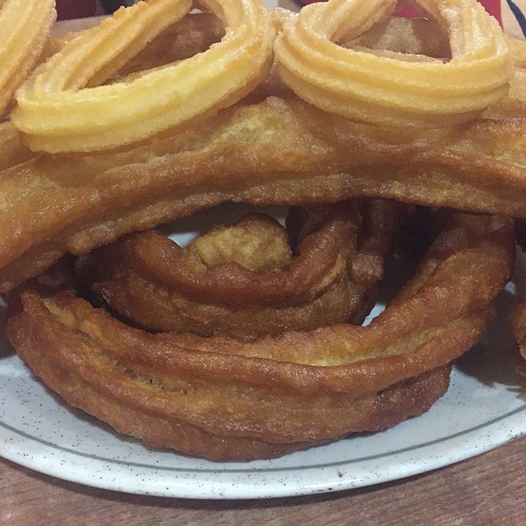 Porras Y Churros @ Cafeteria Churreria La Paloma
