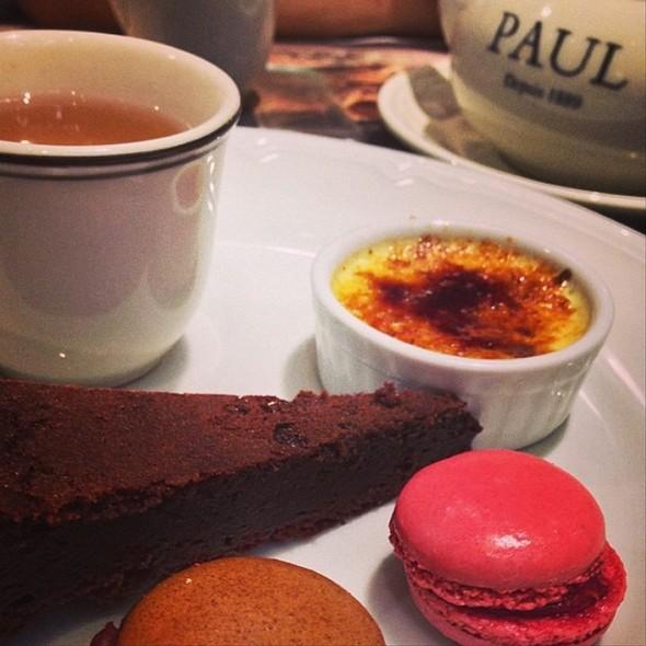French Macarons And Tea Set