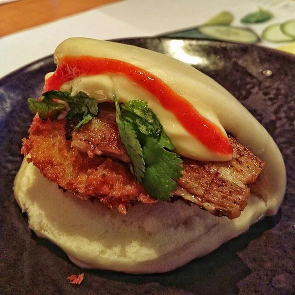 Pork Belly + Panko Apple Hirata Steamed Bun