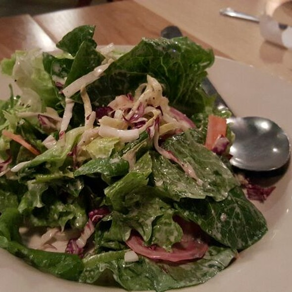 Buttermilk Blue Cheese Baby Greens Salad