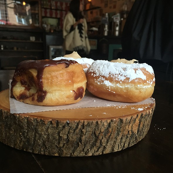 Donuts @ Dun-Well Doughnuts