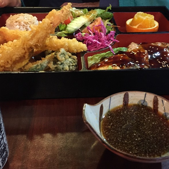 bento box @ Sushi 85