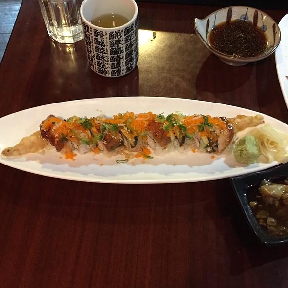 Dragon Roll @ Sushi 85