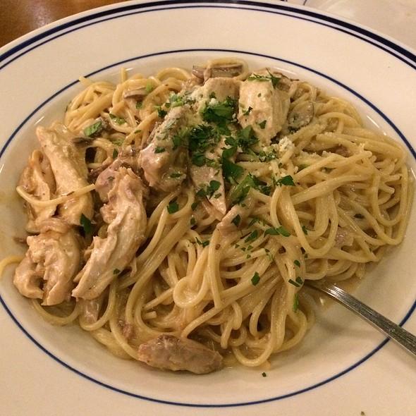 Parmesan Cream Spaghetti, Wild Mushroom, Tender Chicken, Creamy Parm Sauce