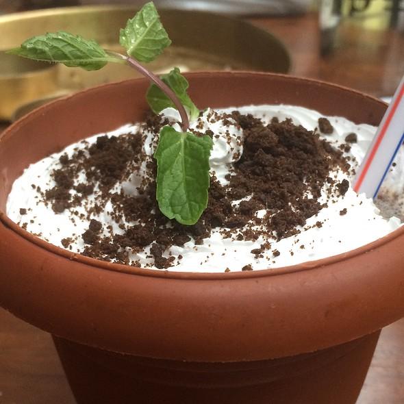 Oreo Mudslide Milkshake