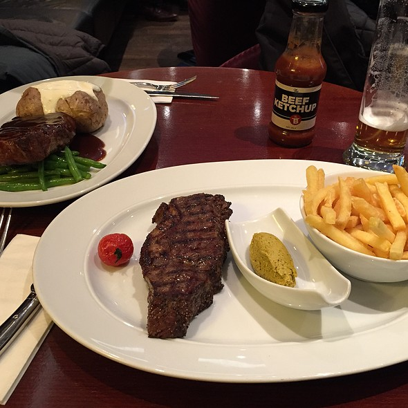 Steak & Frites @ The BEEF Steakhouse And Bar