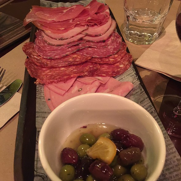 Antipasto Misto @ Restaurant Le Petit Italien