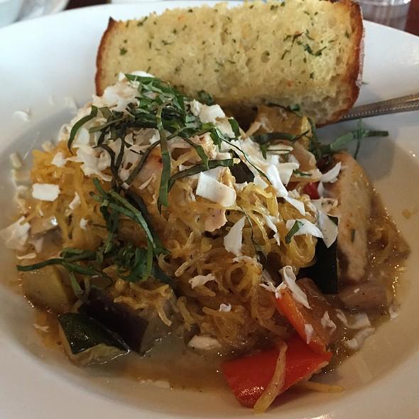 Spaghetti Squash Primavera @ Paesanos