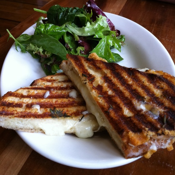 Grilled Cheese @ Winslows Home