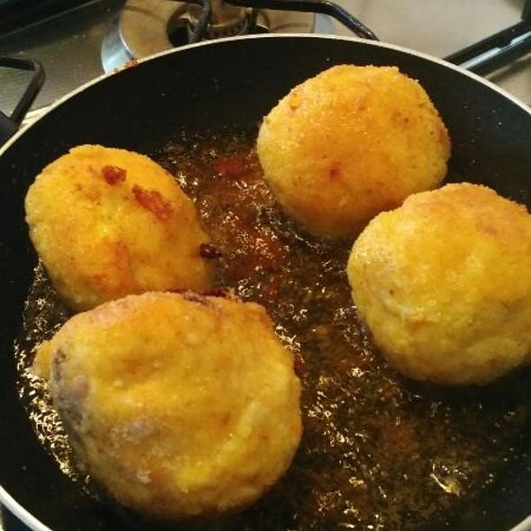 Frying Arancini