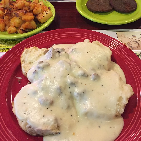 Biscuits And Gravy And Sausage